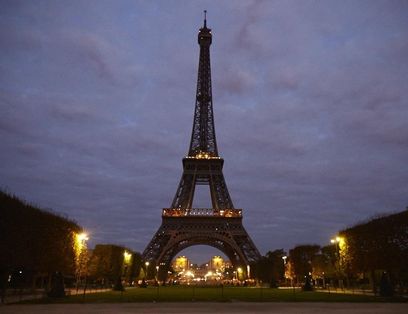 Fridja Eiffel Tower Catwalk Show 20140004