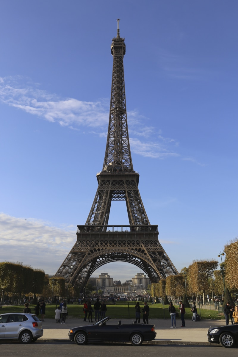 Fridja Eiffel Tower Catwalk Show 20140007