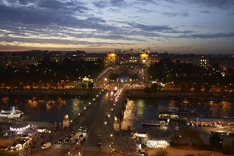 Fridja Eiffel Tower Catwalk Show 20140019