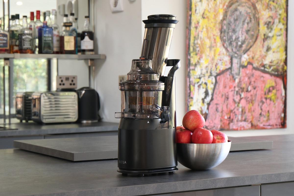 Fridja-f1900-Kitchen-2