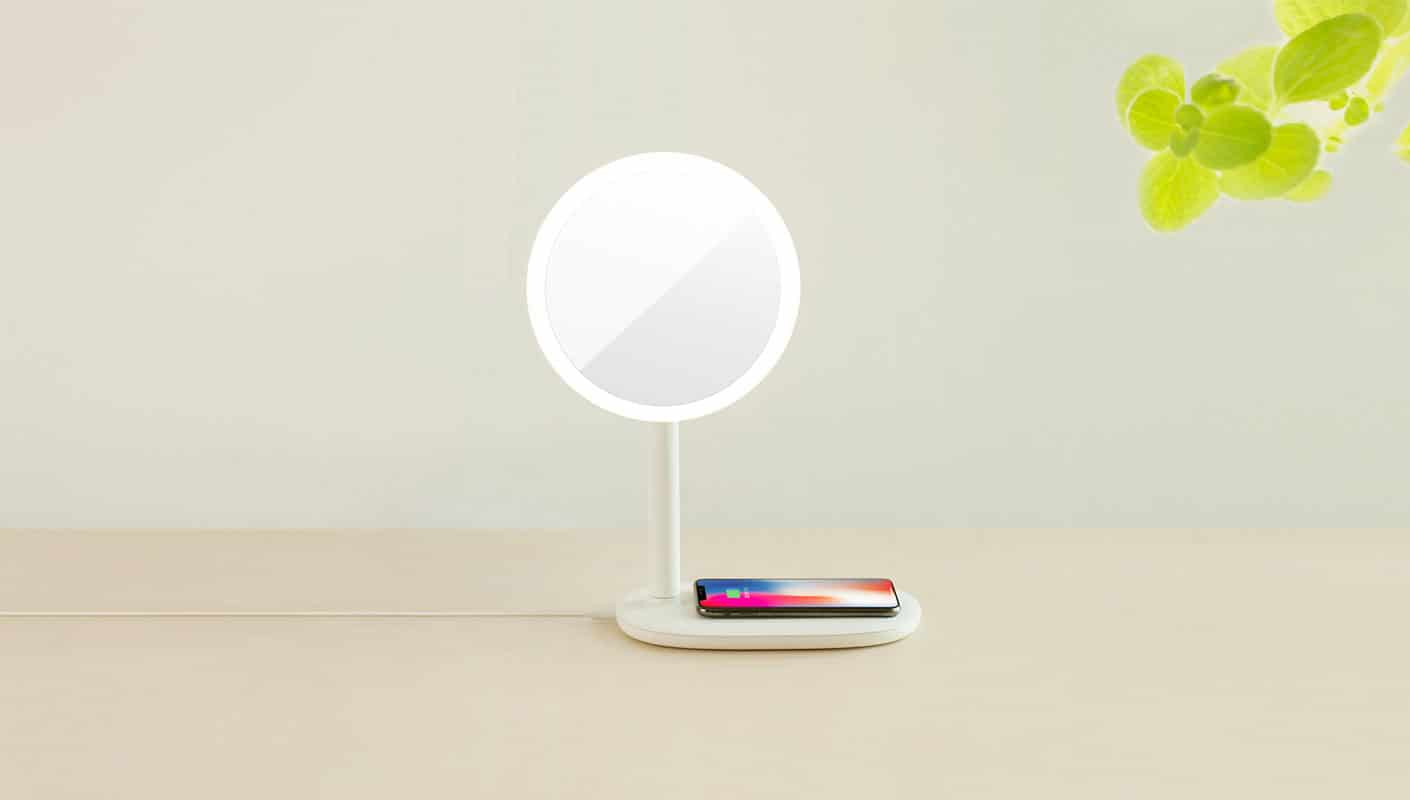 Fridja-f200-Fast-wireless-charging-LED-Mirror-Lamp-11