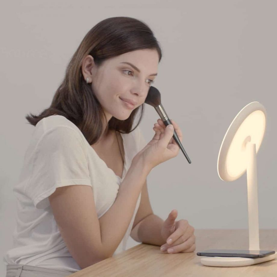Makeup Mirror with Wireless Charger